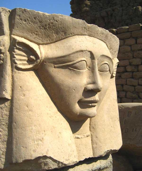 Dendera-Hathor-web