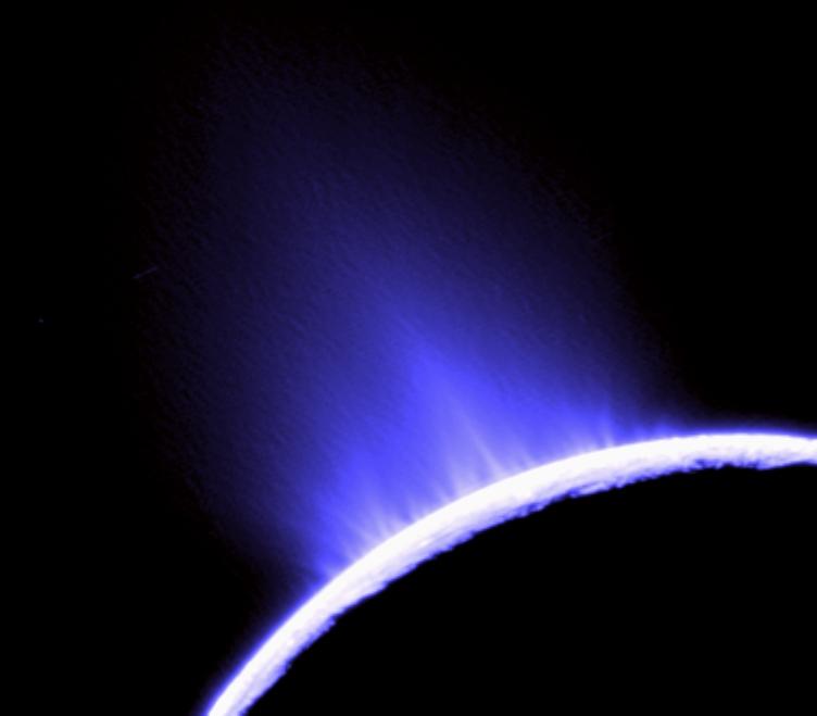enceladus_ice_gayser