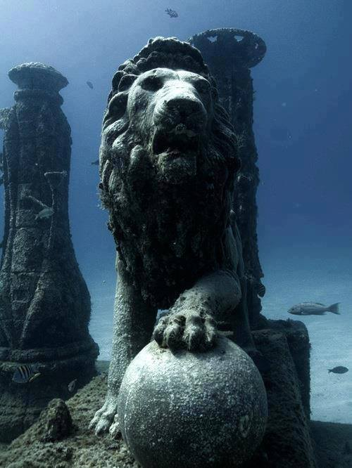 cleopatra sottomarino