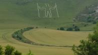 L'uomo Lungo di Wilmington(iningleseThe Long Man of Wilmington) è una figura di uomo incisa sul calcaremarnosodella collina di Windower, situata aWilmington,East SussexinInghilterra, 9,6 km a nord-ovest diEastbourne. Ilgeoglifomisura 69,2 […]